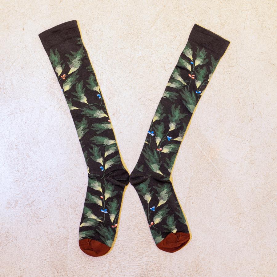 calcetines largos negro estampado